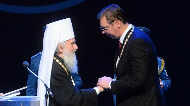 """Vučiću dobio orden SPC za """"očuvanje Kosova i Metohije u sastavu Srbije"""""""
