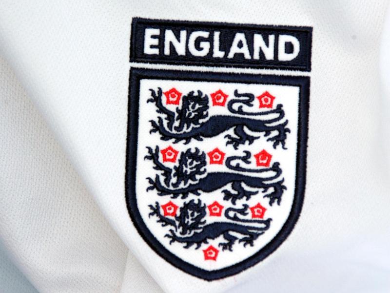 Englischer Fußballverband sperrt Trainer wegen verbotener Wetten