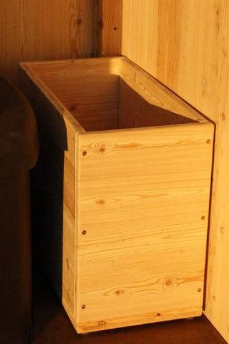 Option: Einstreukiste aus Holz, Fichte oder Lärche