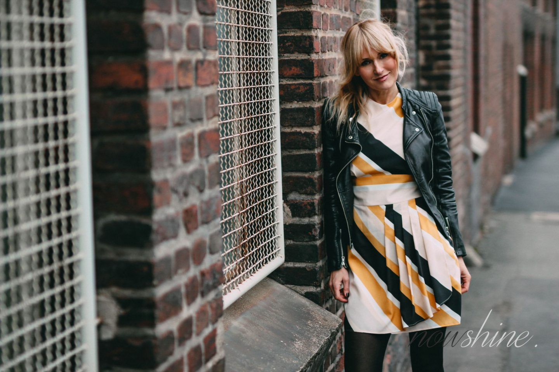 nowshine-outfit-fuer-den-osterbrunch-gelbes-kleid-ue40-mode ue40-blog