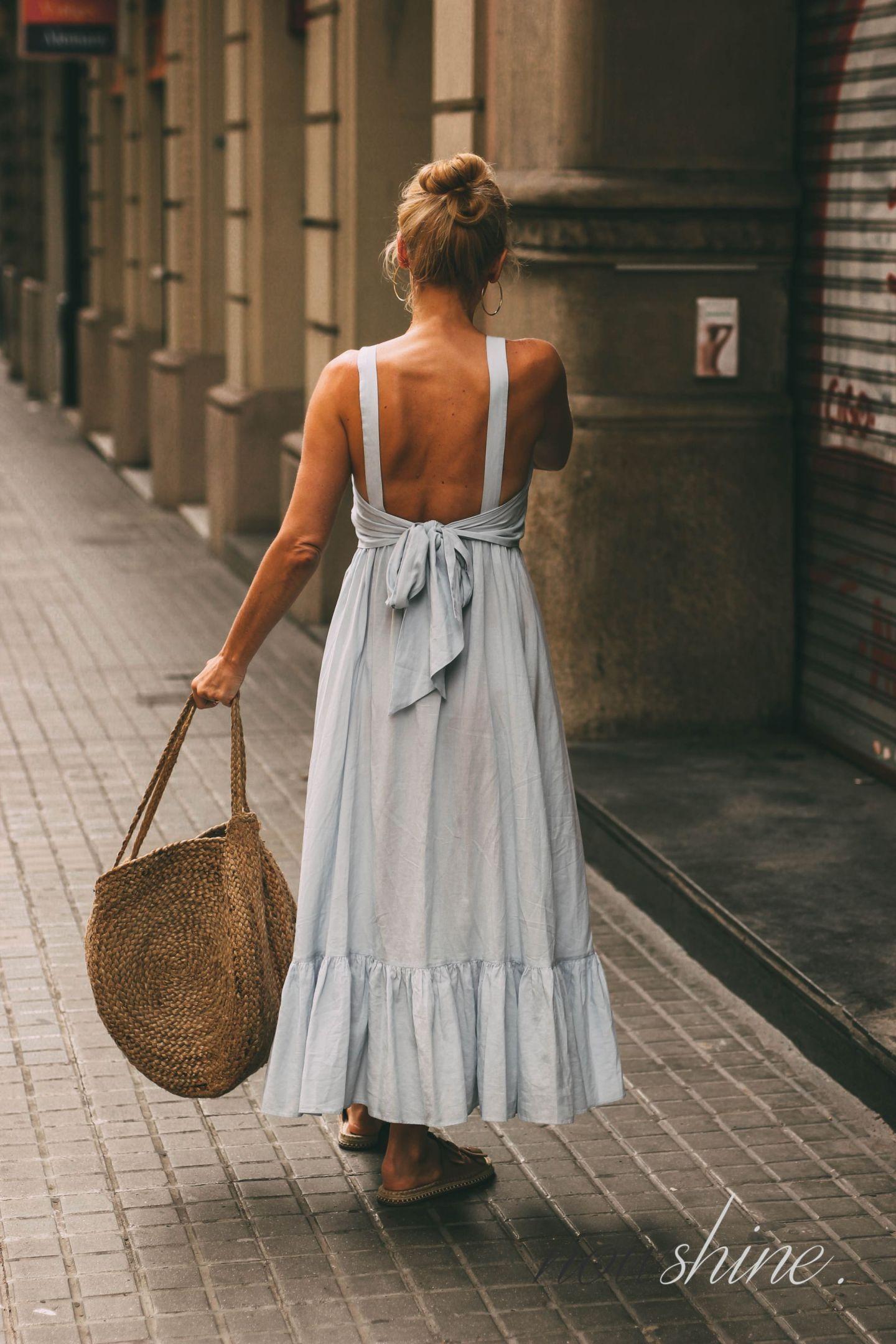 Kurztrip nach Barcelona - Nowshine Reisetipps - Rückenfreies Kleid von H&M