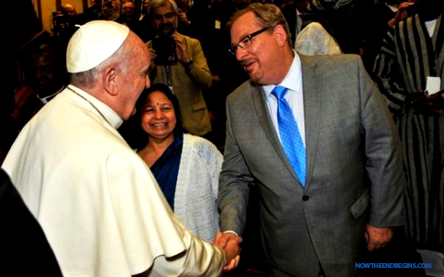 rick-warren-pope-francis-catholic-church-false-prophet-vatican-chrislam