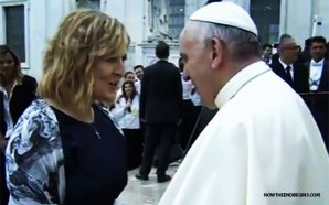 former-hillsong-ccm-singer-worship-pastor-darlene-zchech-sings-for-pope-francis-vatican-rome-renewal-holy-spirit