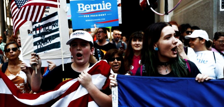 bernie-sanders-supporters-boo-every-time-crooked-hillarys-name-is-mentioned-dbc-philly