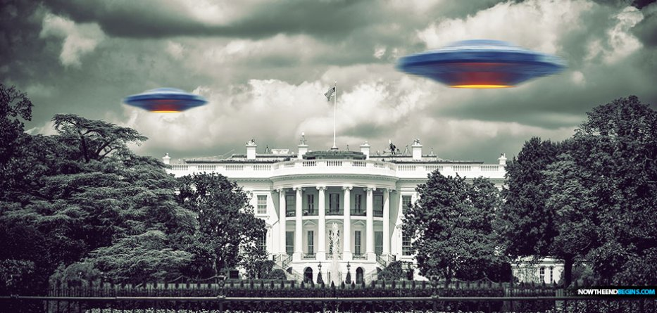 Unidentified Flying Object Over The White House Triggers 'Air Con Orange' As Jets Are Scrambled but Cannot Catch Mysterious Hovering Aircraft