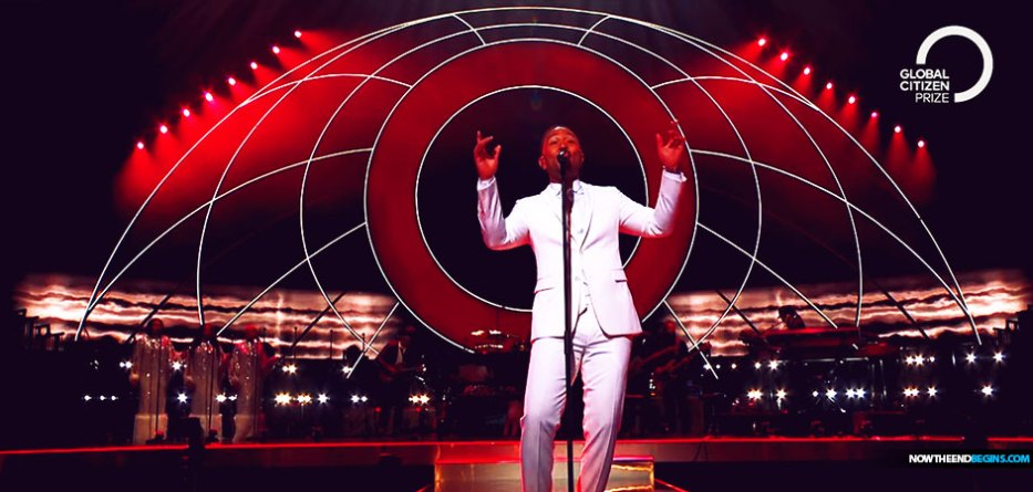 Tonight, Hollywood superstar John Legend wowed the crowd at London's Royal Albert Hall for the Global Citizen Prize