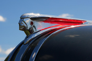 1948 Pontiac hood ornament is a stylized streamlined version of the chief.