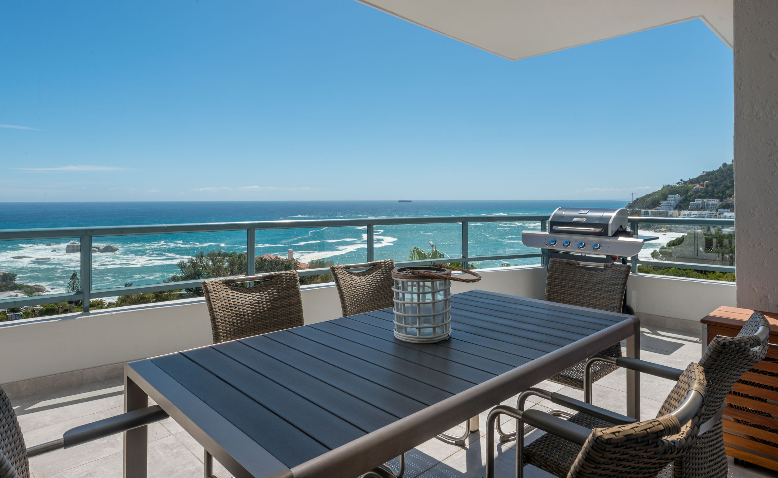 holiday apartment camps bay