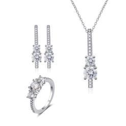 """סט תכשיטים """"קים"""" שרשרת, טבעת ועגילים"""