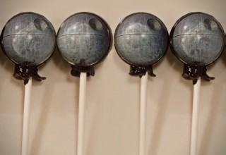 Star-Wars-Death-Star-Lollipops-320x220