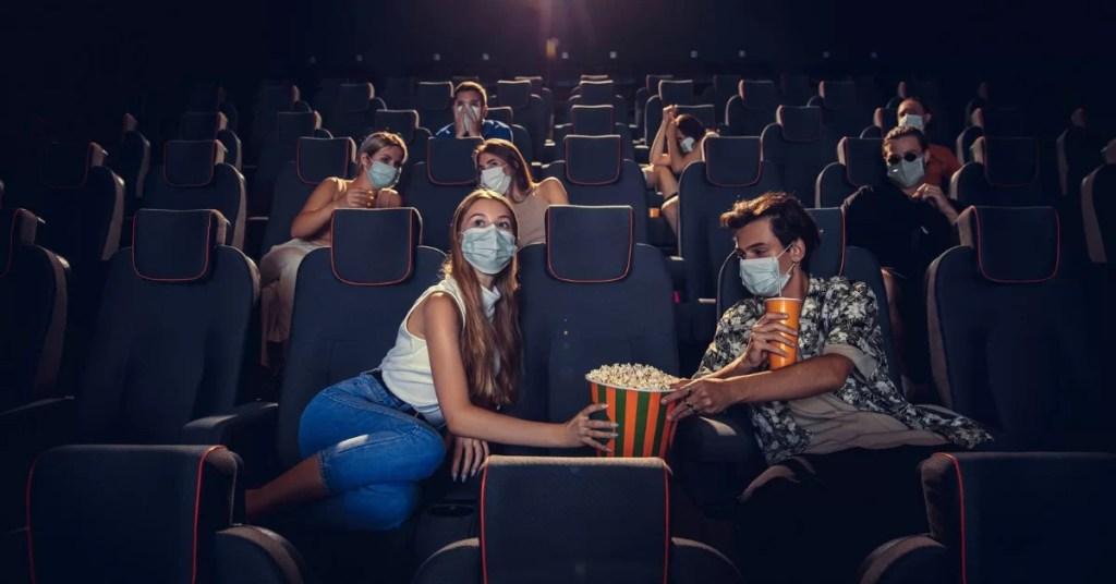 riaprono cinema