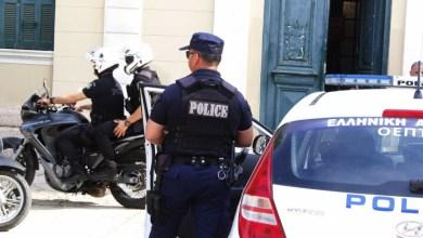 Photo of Το «έσκασε» κρατούμενος από αστυνομικό τμήμα με χειροπέδες – Ανθρωποκυνηγητό της ΕΛ.ΑΣ