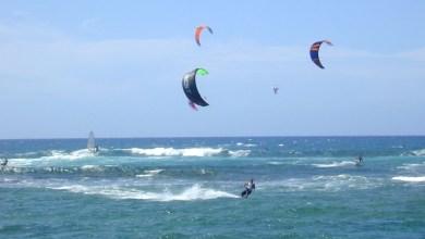 Photo of Ρόδος: Σκοτώθηκαν kitesurfers που παρασύρθηκαν στα βράχια