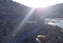Photo of Τρίκορφο Ναυπακτίας: Κλίση και σε άλλο τμήμα του αντιπλημμυρικού (Βίντεο)