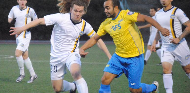 STOMPERS DRAW EL FAROLITO – National Premier Soccer League