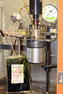 Pressure-Cooking Algae for Biofuel