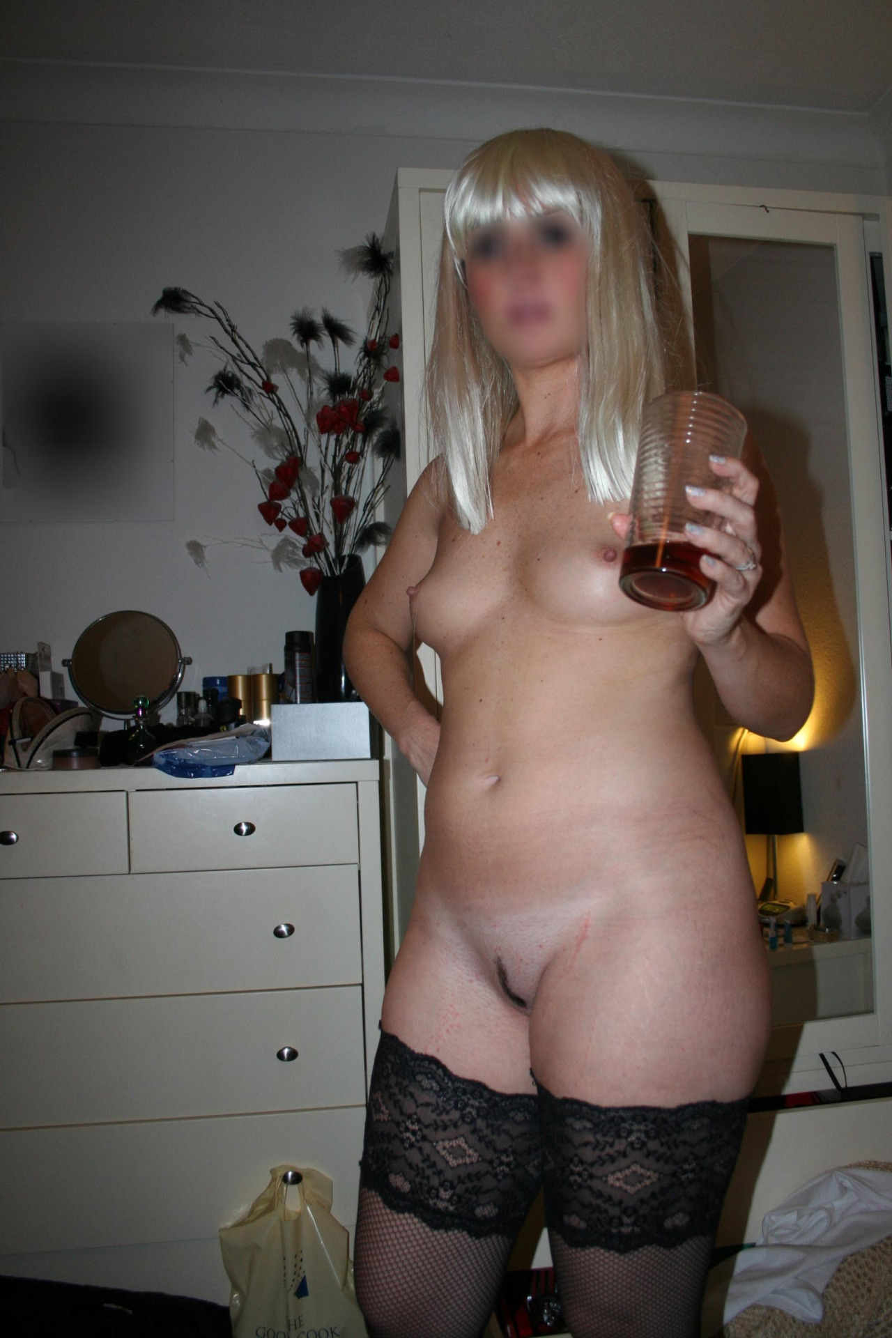 Chelmsford housewife nude apart from some sexy stockings