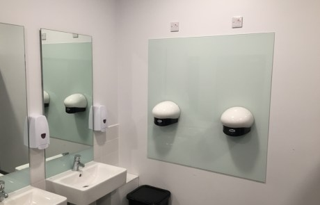 Sanitary Glass Splashguards