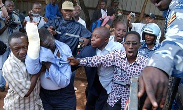 Ugandan-opposition-leader-007