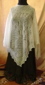 iudmila Abramova: Royal Easter Show Winner 2009 (Third) Hand knitted Poncho. Hand spun mohair