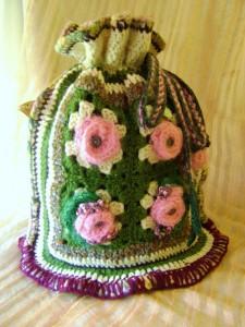 Liudmila Abramova: Abandoned Garden - Morphet Winner - crocheted