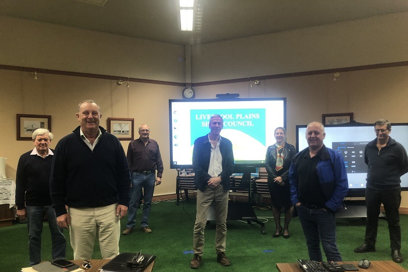 Michael Johnsen MP with members of the Liverpool Plains Shire Council and community.