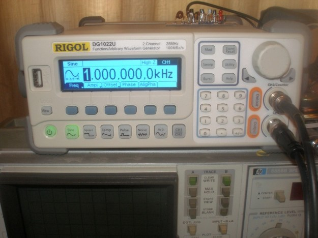 Rigol DG1022U Arbitrary Waveform Generator