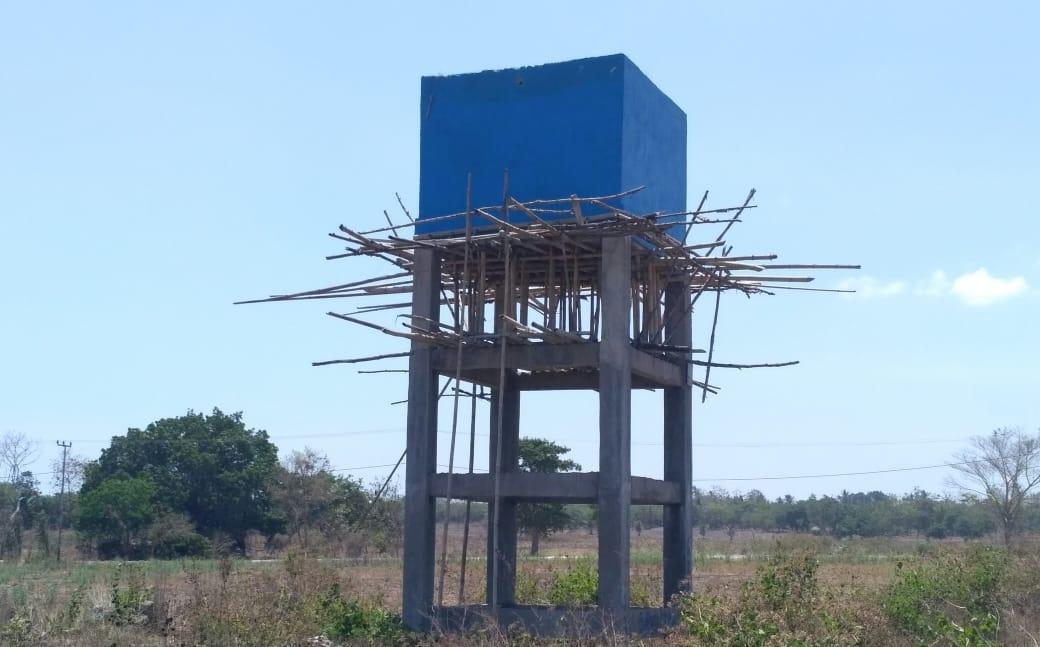 Proyek Air Bersih di Wura Homba, Pekerjaan Charles Lalo Terbengkalai