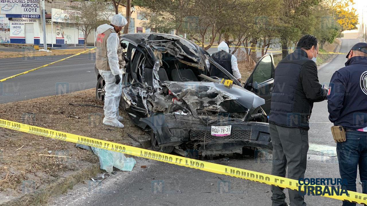 Mujer pierde la vida prensada tras choque con góndola en bulevar Tepic-Xalisco