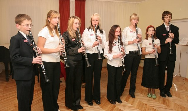 Mūzikas skolas koncerts – valsts svētkiem