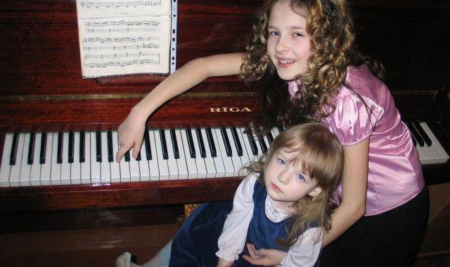 Pašai savas klavieres!