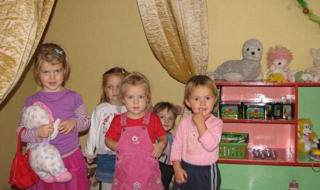 Jaunpilī atklāts bērnu dienas centrs «Zemenīte»