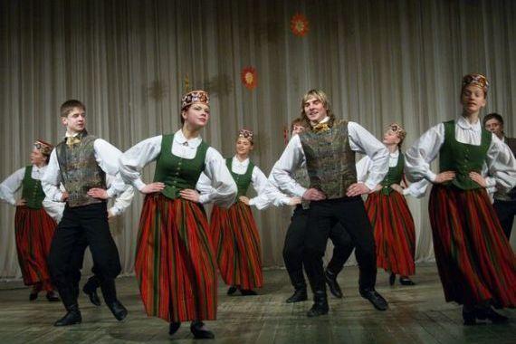 Kurzemes zelta dejas