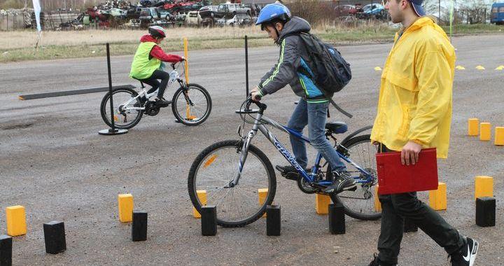 Labākie jaunie satiksmes dalībnieki – no Smārdes  /FOTO/