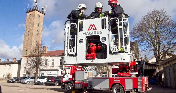 Tukuma ugunsdzēsējiem – jauna tehnika