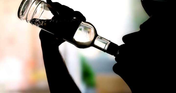 Dzer uz ielas, dzer pie stūres…