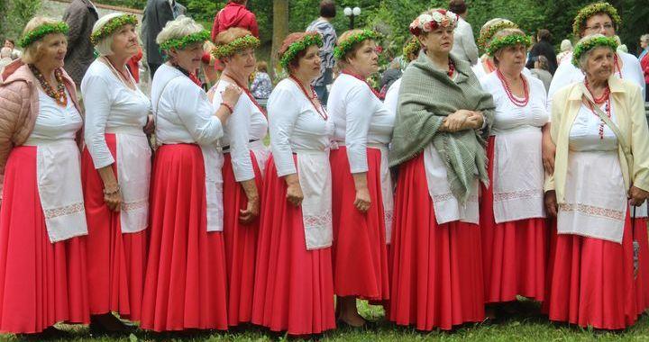 Jaunpils senioru biedrību festivālā