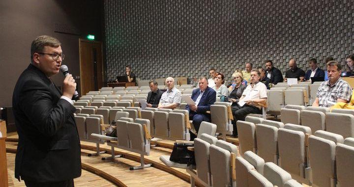 Sāktas sarunas par administratīvi reģionālo reformu