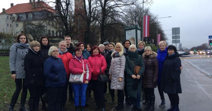 Arī Tukuma mediķi piedalās protesta akcijā Rīgā
