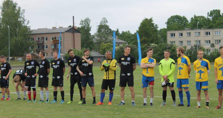 Engurē aizritējusi kārtējā Zvaigžņu futbola spēle