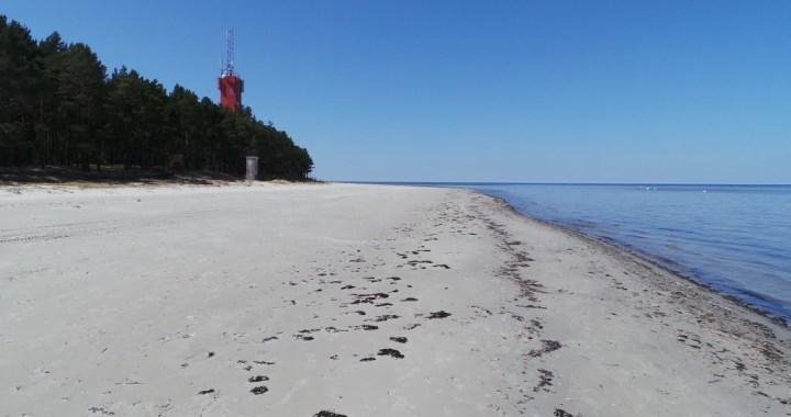 Šobrīd neiesaka peldēties Ragaciema pludmalē