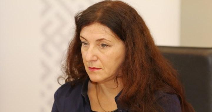 20. oktobra laikraksta apskats kopā ar Ivonnu Plaudi