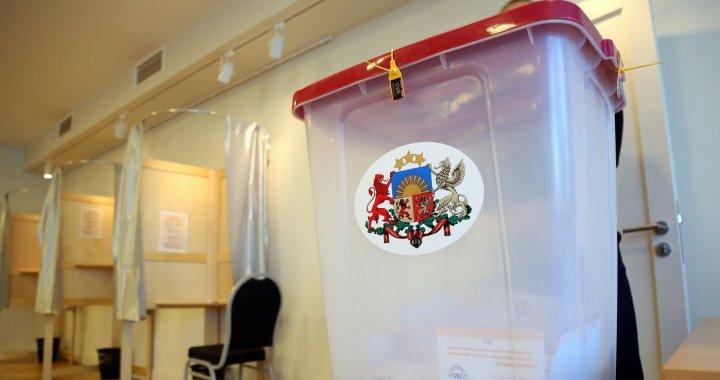 Pašvaldību vēlēšanām iesniegti vēl četri saraksti/FOTO/