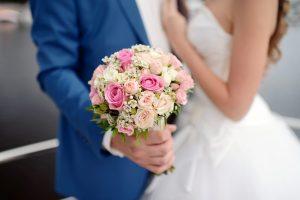 Laulību ceremonijas drīkst būt kuplāk apmeklētas
