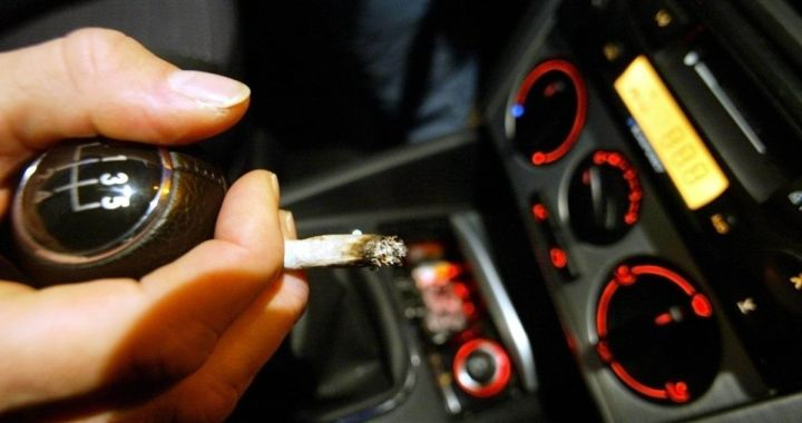 Aizdomas par autovadītāju – narkotiku reibumā