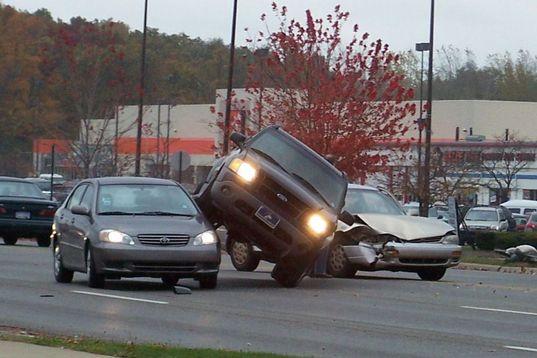 Aug izmaksātās atlīdzības par ārvalstīs izraisītajiem ceļu satiksmes negadījumiem