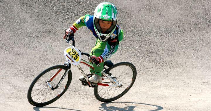 Eduards Bučiņš – Latvijas čempions BMX riteņbraukšanā B-6 grupā!