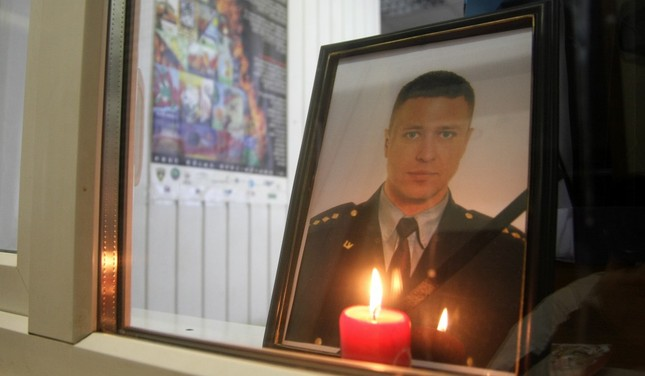 Izmaksās kompensāciju Jēkabpils apšaudē bojā gājušā policista tuviniecēm