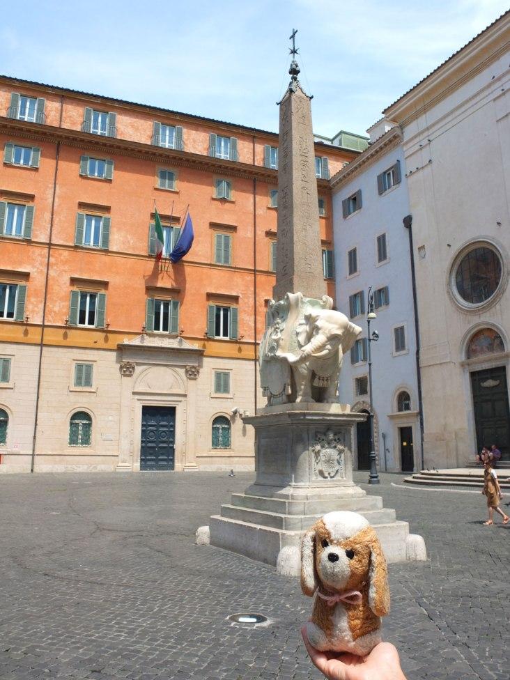 Elefantito! Piazza Minerva -Roma (Italia)