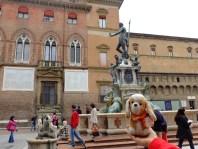 con Nettuno en Bologna